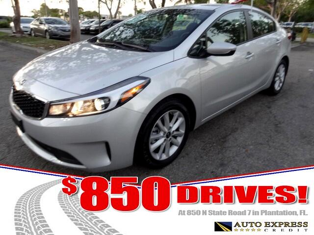 2017 Kia Forte The Kia Forte offers a full family of compact cars with three distinct body styles a