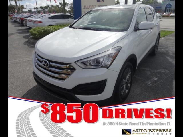 2015 Hyundai Santa Fe The Hyundai Santa Fe Sport is a stylish crossover vehicle Buyers will apprec