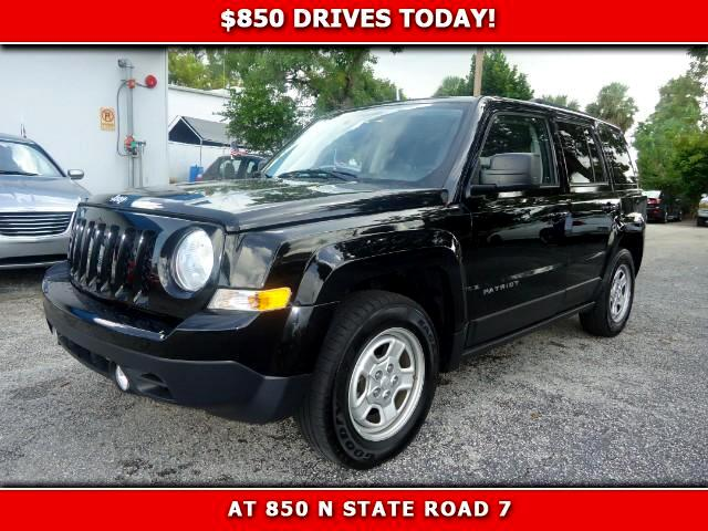 2014 Jeep Patriot 850 DRIVES AT 850 N STATE ROAD 7 Thats right ONLY 850 bucks can get you drivi