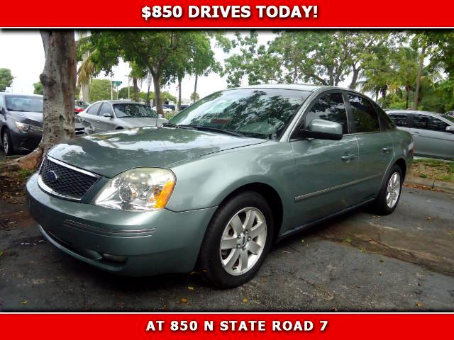 2005 Ford Five Hundred 850 DRIVES AT 850 N STATE ROAD 7 Thats right ONLY 850 bucks can get you
