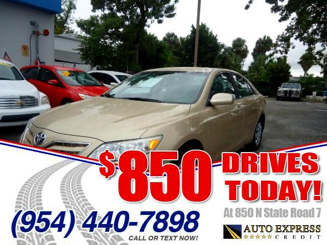 2011 Toyota Camry 850 DRIVES AT 850 N STATE ROAD 7 Thats right ONLY 850 bucks can get you drivi
