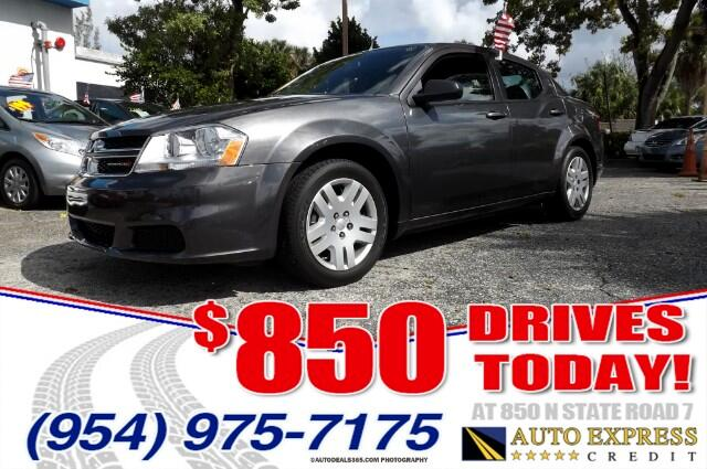 2014 Dodge Avenger The Dodge Avenger is an attractive midsize sedan most notably for its sporty fea