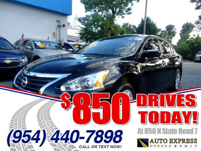 2014 Nissan Altima 850 DRIVES AT 850 N STATE ROAD 7 Thats right ONLY 850 bucks can get you driv
