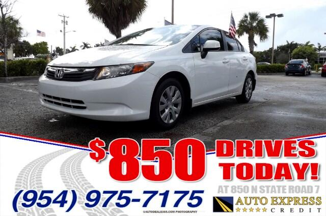 2012 Honda Civic The 2012 Honda Civic sedans new duds are kind of like that Honda stylists have t