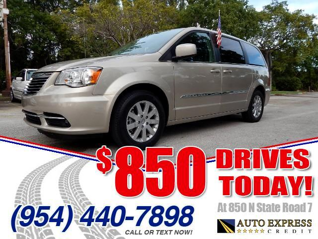 2014 Chrysler Town  Country Chrysler is the old-timer among minivans having launched its first gro