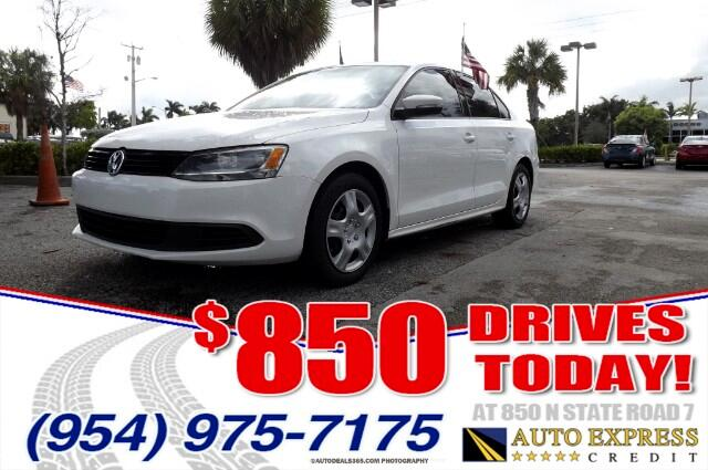 2014 Volkswagen Jetta Volkswagen Jetta comes in a myriad of models and body stylesThe current-gene