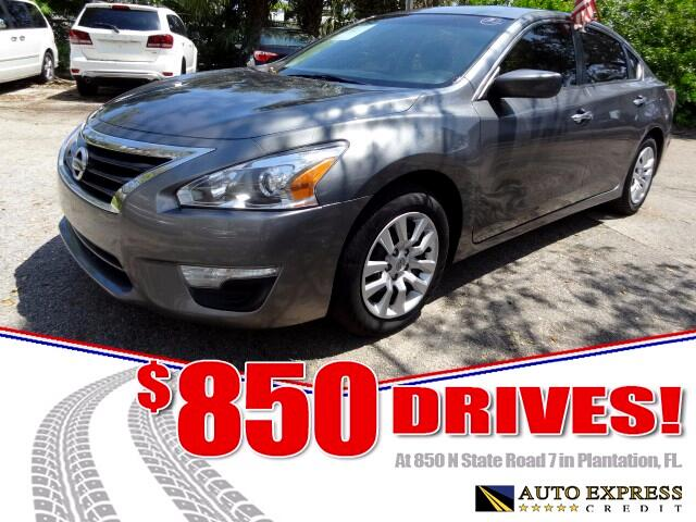 2015 Nissan Altima The front-wheel drive five-passenger Nissan Altima combines performance and an a