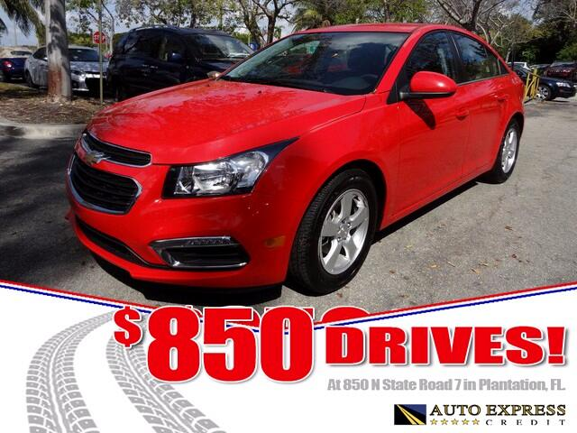 2015 Chevrolet Cruze The Cruze is Chevrolets entrant in the highly contested compact sedan segment