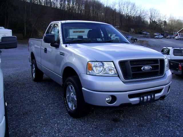 2006 Ford F-150 STX 6.5-ft. Bed 4WD