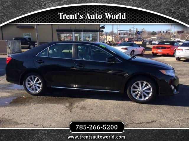 2014 Toyota Camry XLE 6-Spd AT