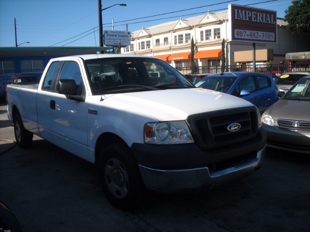 2005 Ford F-150 Lariat SuperCab 2WD