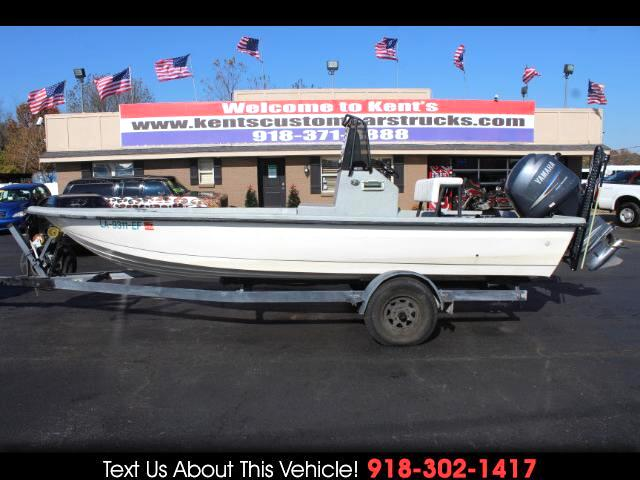 1996 Starkey Center Console Fishing Boat