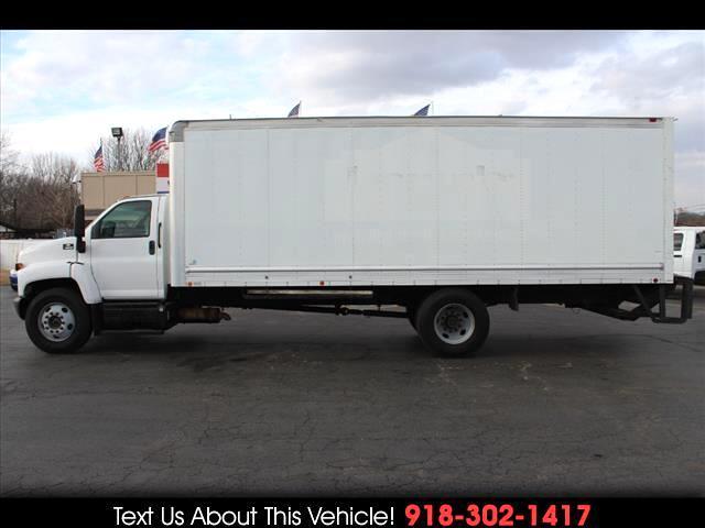 2005 Chevrolet C6C042 C6500 Standard Cab Box Truck