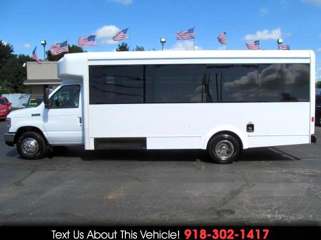 2009 Ford E-Series Van E-450 SD Glaval Bus 24 Passenger