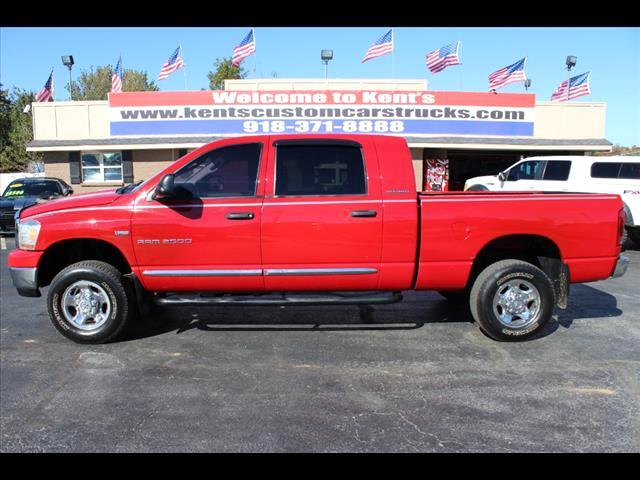 used 2006 dodge ram 2500 slt mega cab 4wd for sale in. Black Bedroom Furniture Sets. Home Design Ideas