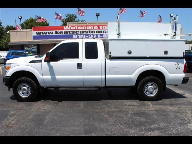 2011 Ford F-350 SD XL SuperCab 4WD SRW Service Body