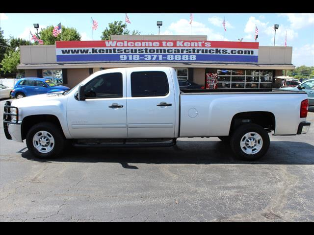 2010 Chevrolet Silverado 2500HD LT1 Crew Cab Long Bed 2WD