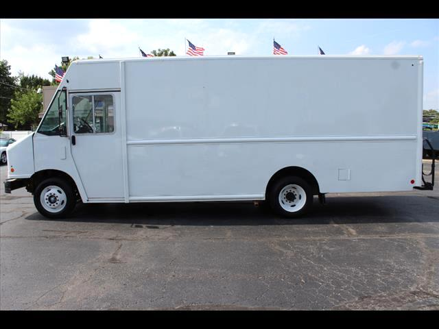 2015 Ford Stripped Chassis F59 Super Duty Stepvan