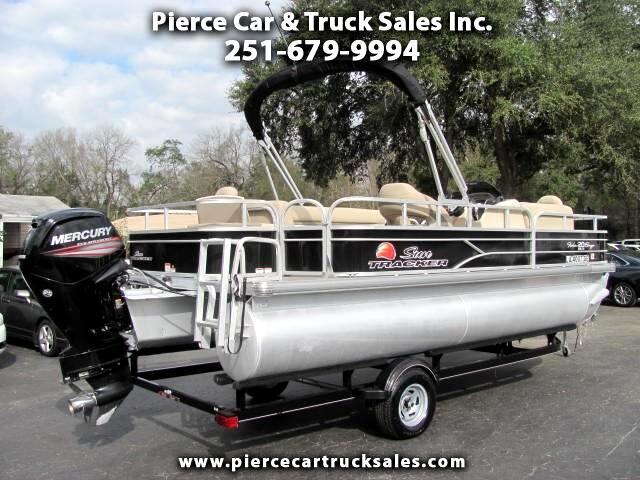 2016 Suntracker Fishin' Barge