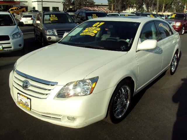 2007 Toyota Avalon Visit Sus Amigos Auto Center online at wwwsusamigosautosalescom to see more pic
