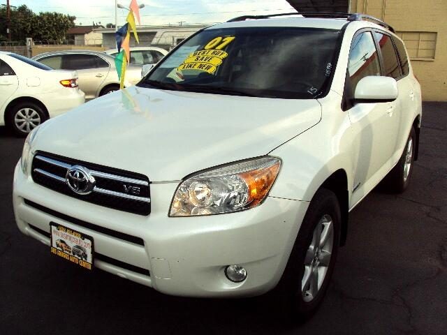 2007 Toyota RAV4 Visit Sus Amigos Auto Center online at wwwsusamigosautosalescom to see more pictu