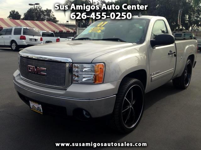 2007 GMC Sierra 1500 Visit Sus Amigos Auto Center online at wwwsusamigosautosalescom to see more p