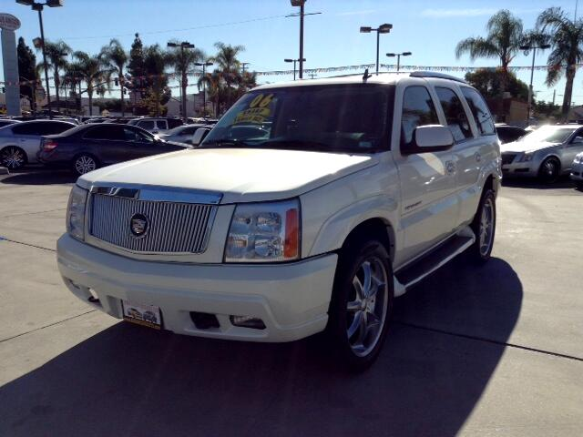 2006 Cadillac Escalade Visit Sus Amigos Auto Center online at wwwsusamigosautosalescom to see more
