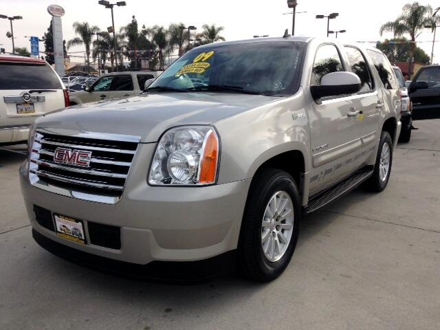 2009 GMC Yukon Hybrid Visit Sus Amigos Auto Center online at wwwsusamigosautosalescom to see more