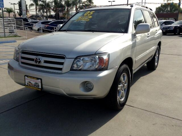 2005 Toyota Highlander Visit Sus Amigos Auto Center online at wwwsusamigosautosalescom to see more