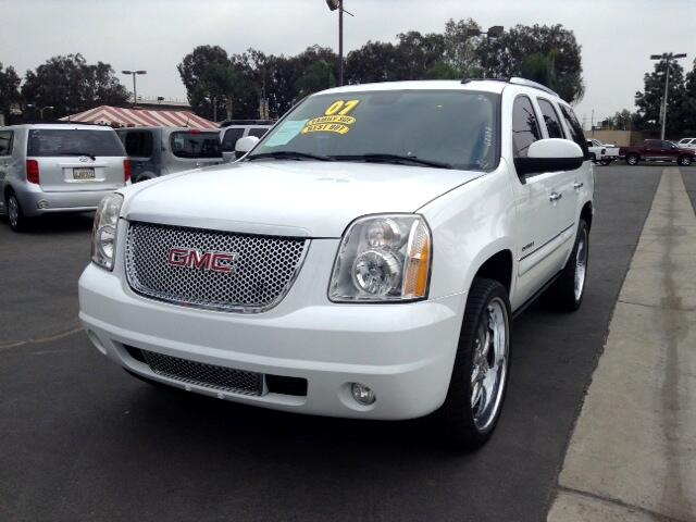 2007 GMC Yukon Denali Visit Sus Amigos Auto Center online at wwwsusamigosautosalescom to see more