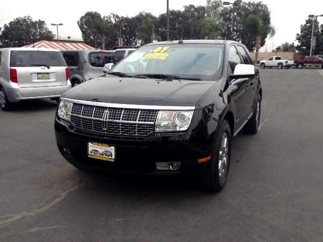2007 Lincoln MKX Visit Sus Amigos Auto Center online at wwwsusamigosautosalescom to see more pictu