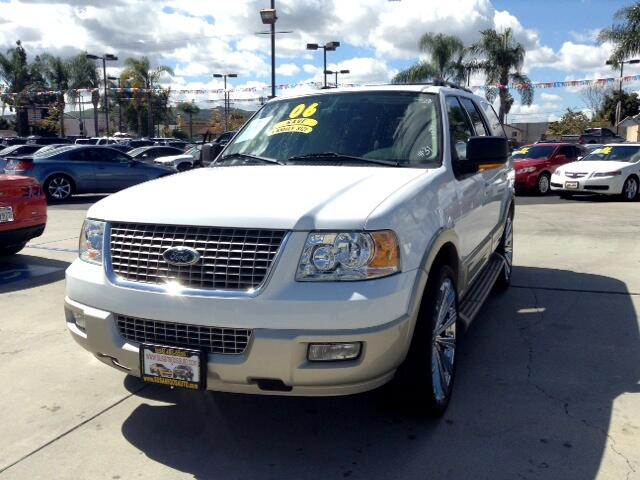 2006 Ford Expedition Visit Sus Amigos Auto Center online at wwwsusamigosautosalescom to see more p