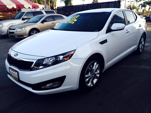 2013 Kia Optima Visit Sus Amigos Auto Center online at wwwsusamigosautosalescom to see more pictur