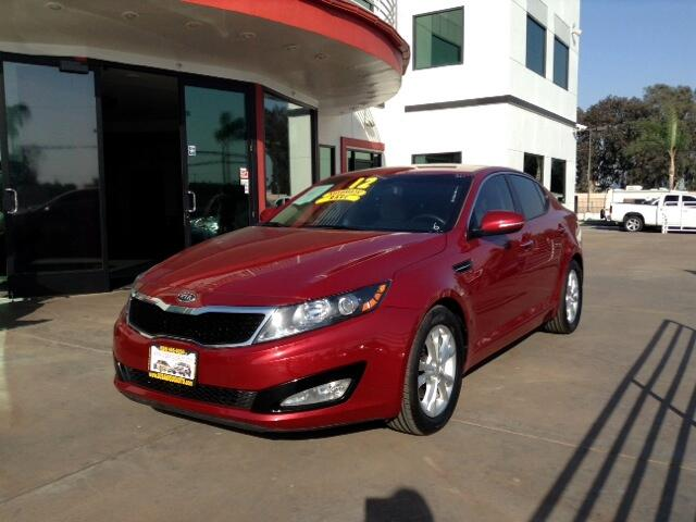 2012 Kia Optima Visit Sus Amigos Auto Center online at wwwsusamigosautosalescom to see more pictur