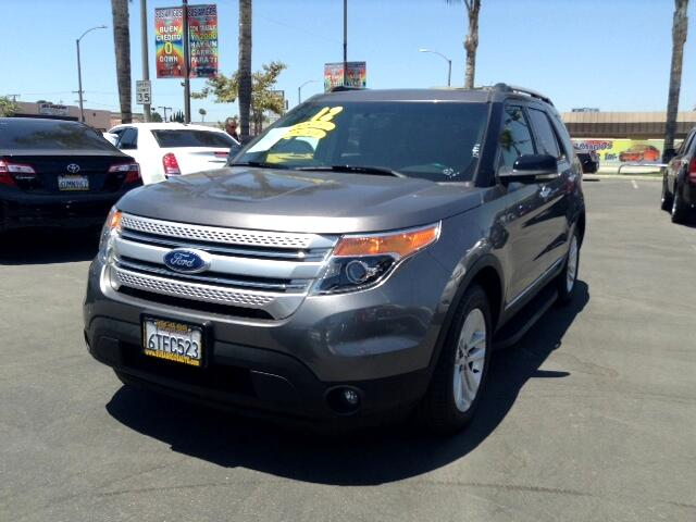 2012 Ford Explorer Visit Sus Amigos Auto Center online at wwwsusamigosautosalescom to see more pic