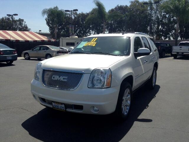 2011 GMC Yukon Denali Visit Sus Amigos Auto Center online at wwwsusamigosautosalescom to see more