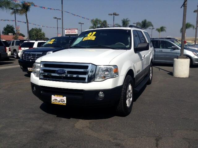 2007 Ford Expedition Visit Sus Amigos Auto Center online at wwwsusamigosautosalescom to see more p