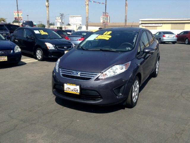 2013 Ford Fiesta Visit Sus Amigos Auto Center online at wwwsusamigosautosalescom to see more pictu