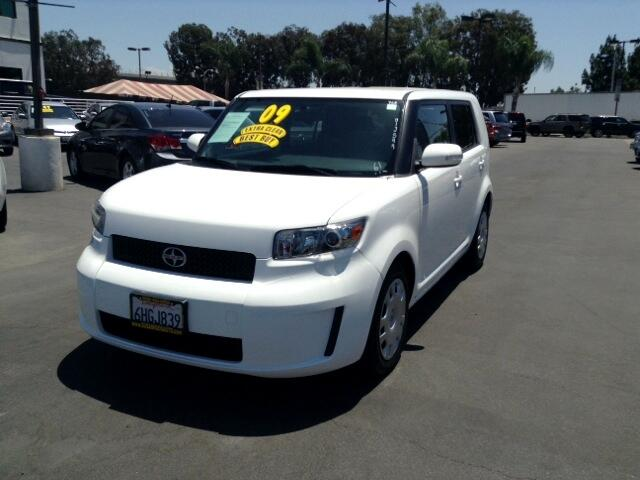 2009 Scion xB Visit Sus Amigos Auto Center online at wwwsusamigosautosalescom to see more pictures