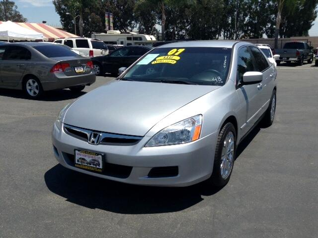 2007 Honda Accord Visit Sus Amigos Auto Center online at wwwsusamigosautosalescom to see more pict
