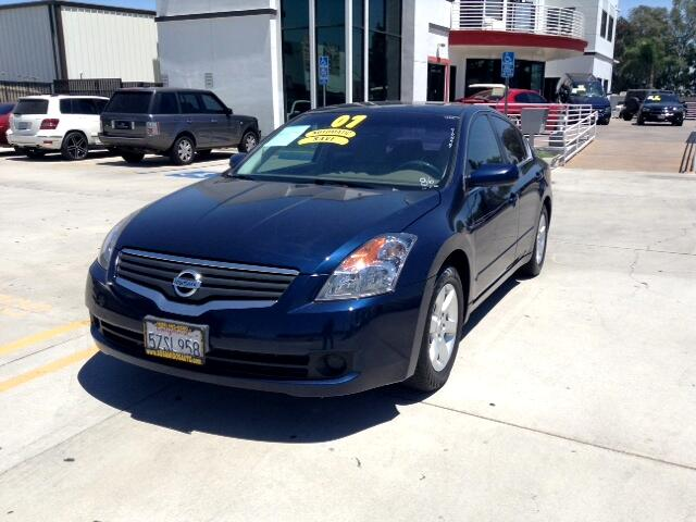 2007 Nissan Altima Visit Sus Amigos Auto Center online at wwwsusamigosautosalescom to see more pic