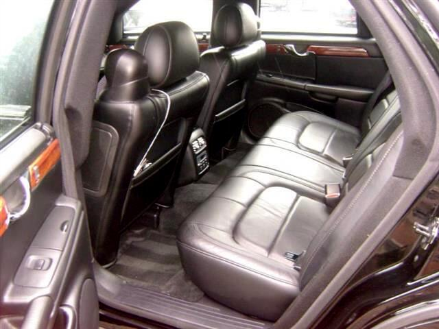 2004 Cadillac DTS Base