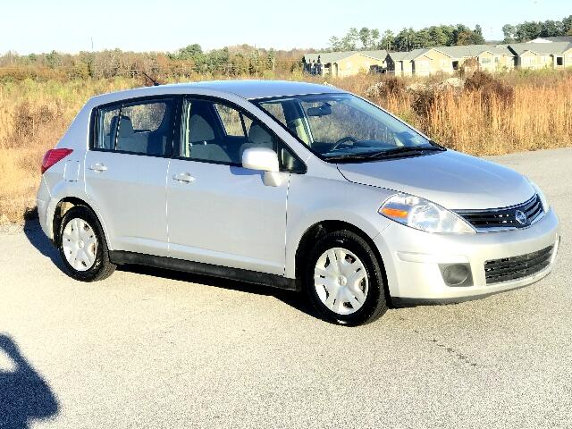 2011 Nissan Versa Please visit our website at wwwlazarsautosalescom for more photos and informati