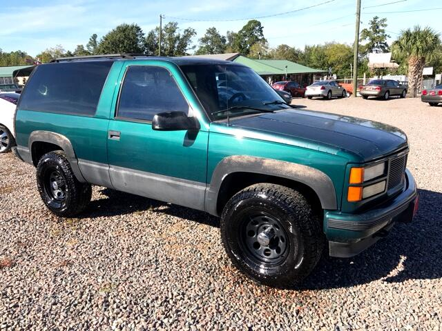 1995 GMC Yukon Please visit our website at wwwlazarsautosalescom for more photos and information
