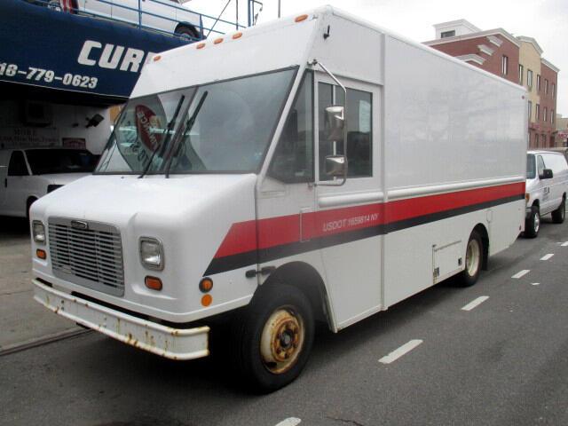 2005 Freightliner MT45 Chassis Step Van
