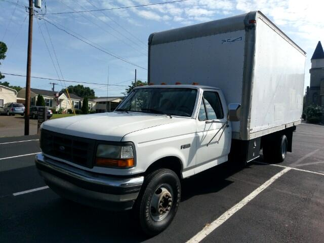 1997 Ford F-450 SD Regular Cab 2WD DRW