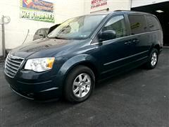 2009 Chrysler Town & Country