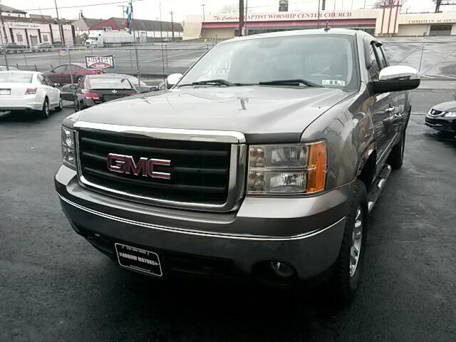 2007 GMC Sierra 1500 Ext. Cab  8-ft. Bed 4WD