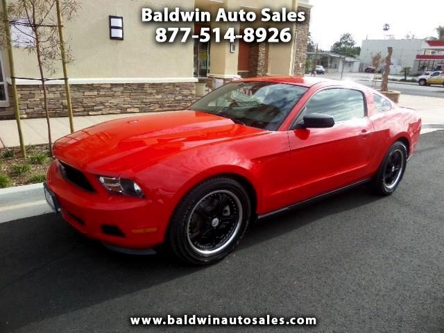 2012 Ford Mustang V6 Coupe