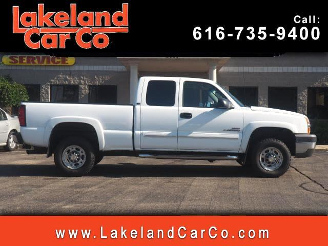 2004 Chevrolet Silverado 2500HD LS Ext. Cab Long Bed 4WD